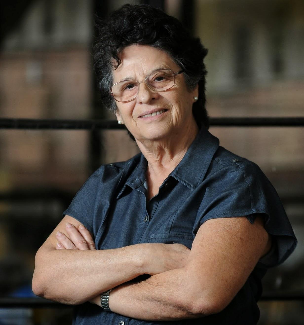 Vencedora do Prêmio Jabuti conversa com a plateia da III Bienal Brasil do Livro e da leitura