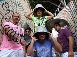 Grupo Patubatê faz show de encerramento da FLIPIRI